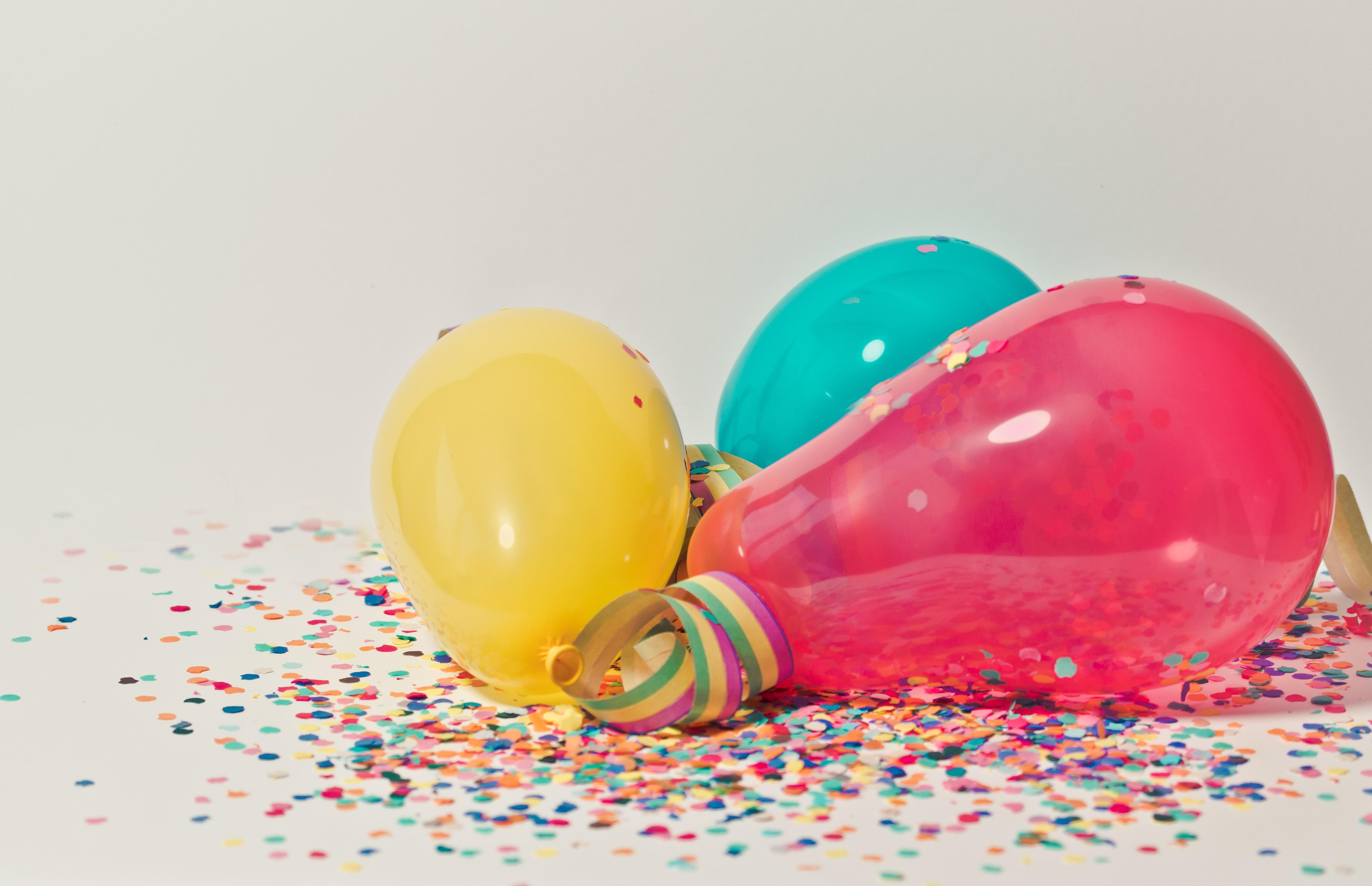 balloons-birthday-bright-796606
