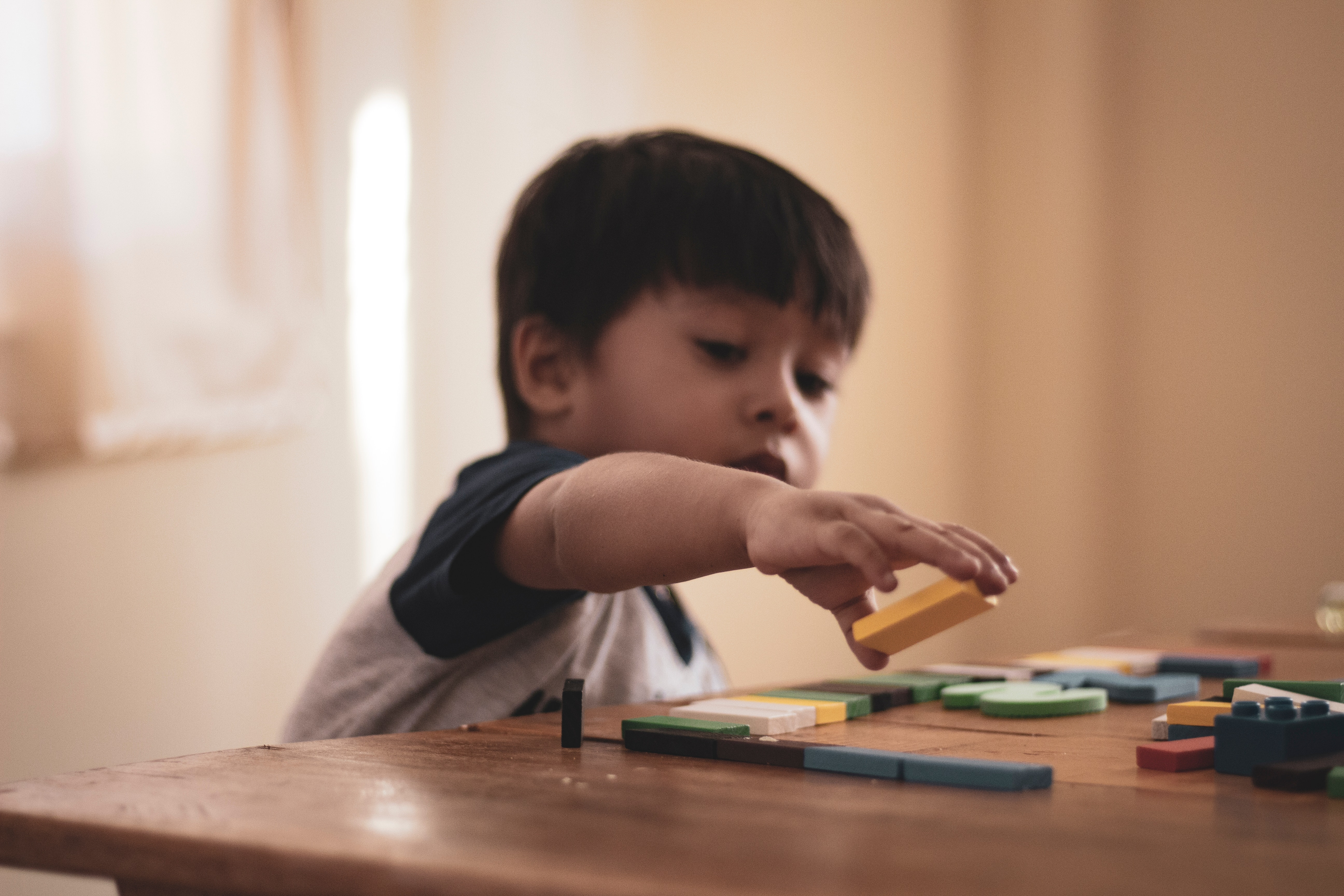 children learn critical thinking skills through play