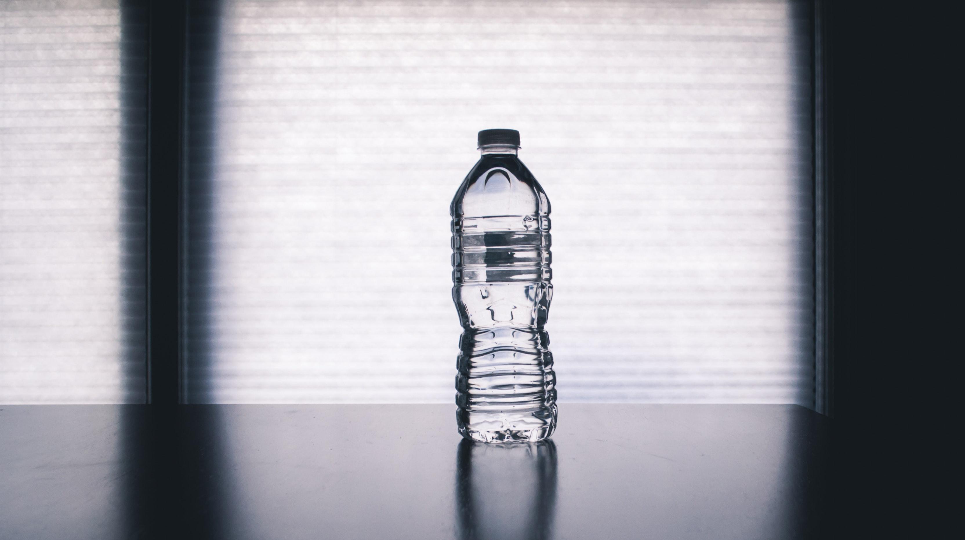 bottle-clean-clear-1000084