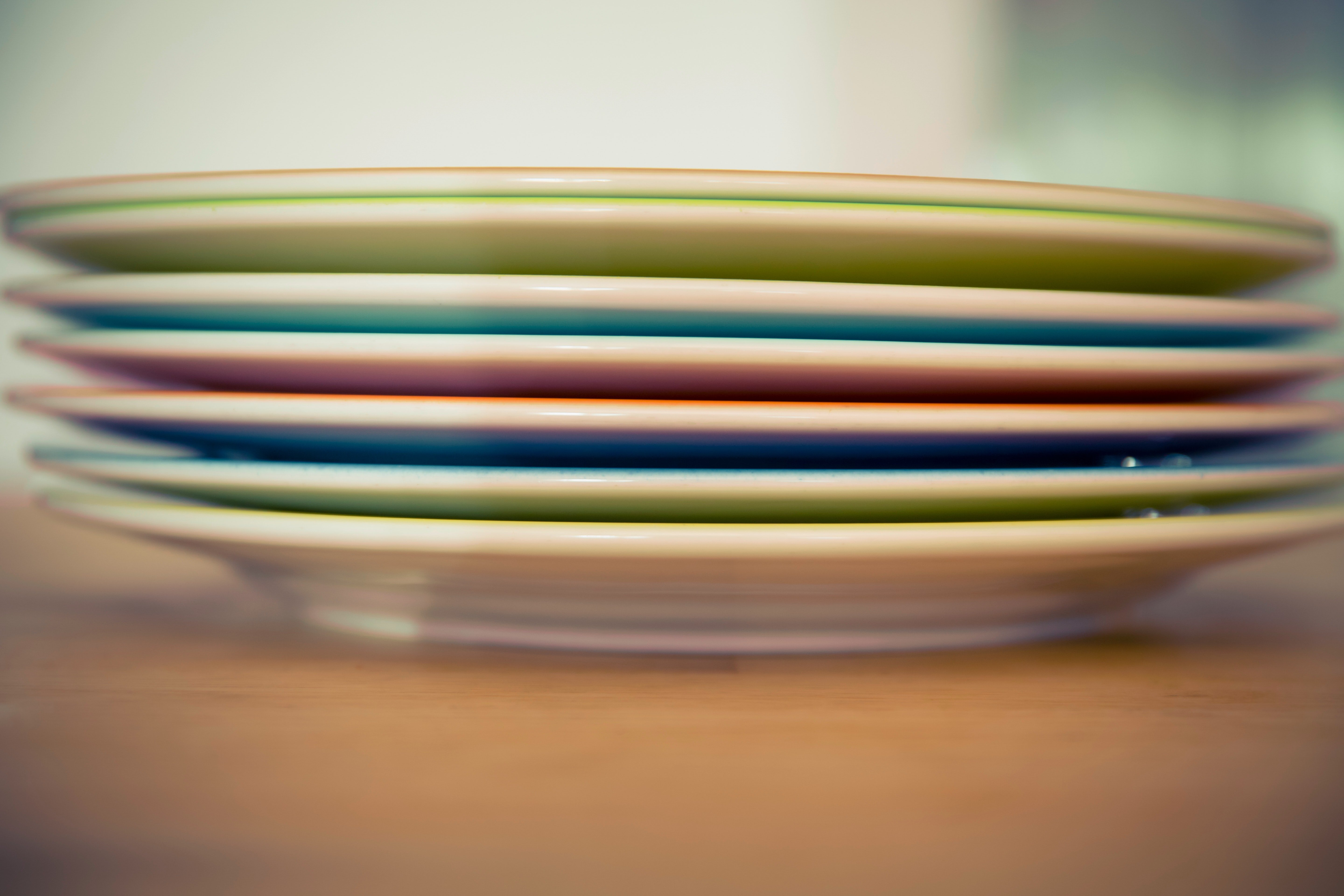 depth-of-field-plates-stack-95218